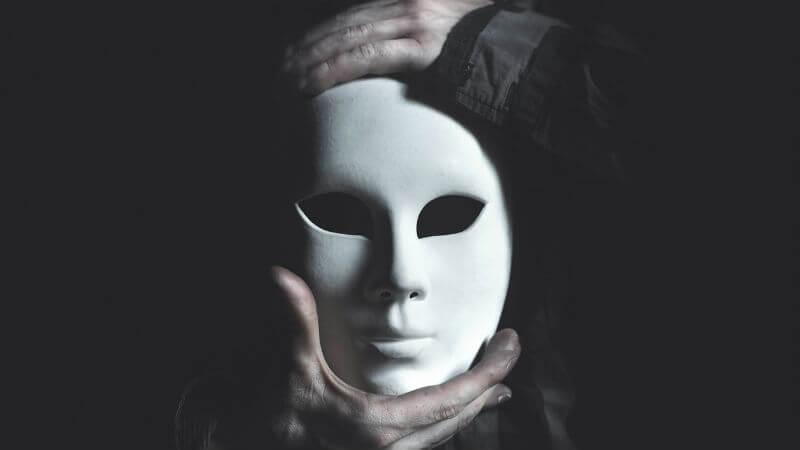 Satoshi Nakamoto Adının Ardında Kim Var? Neden Saklanıyor?