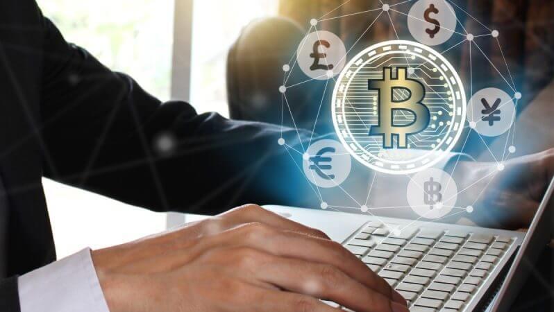 """""""Uzmanlarımız""""ın Bitcoin İle İmtihanı"""