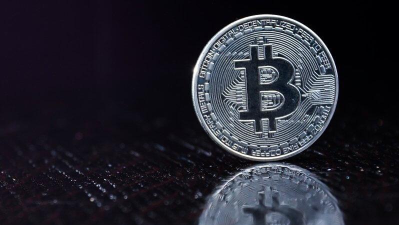 """Garip Benzetme: """"Gümüş, Yeni Bitcoin'dir!"""""""
