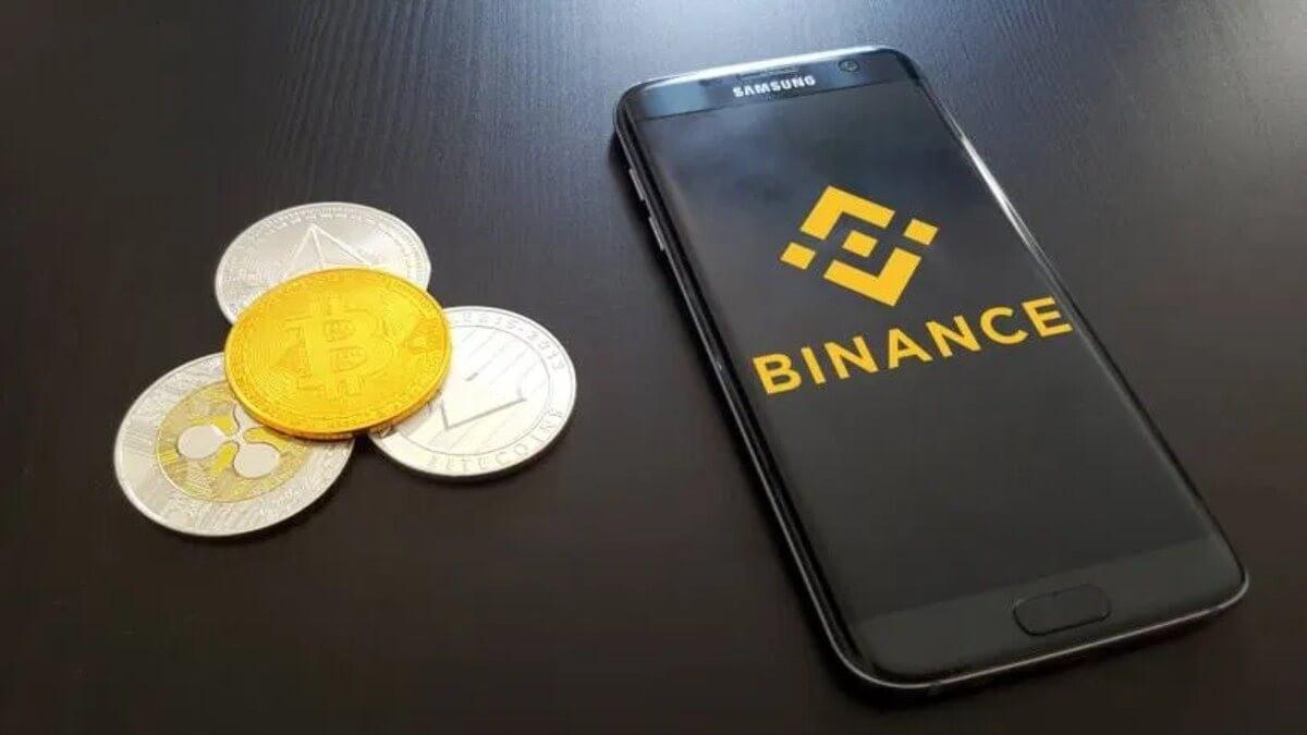 Bitcoin Fiyatı Binance'de 100.000 Dolara Çıktı: CZ Açıklama Yaptı