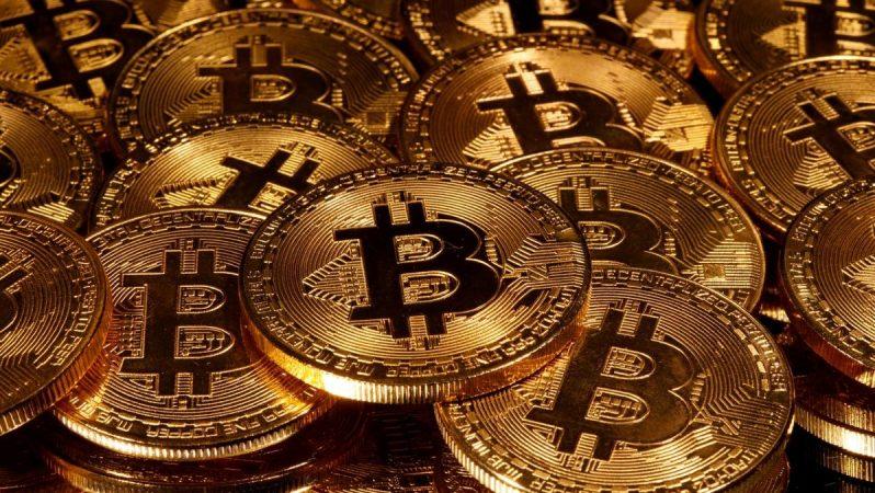 """Bitcoin'den Nefret Eden Milyarder, Bitcoin'i 50.000 Dolar Yapacak"""