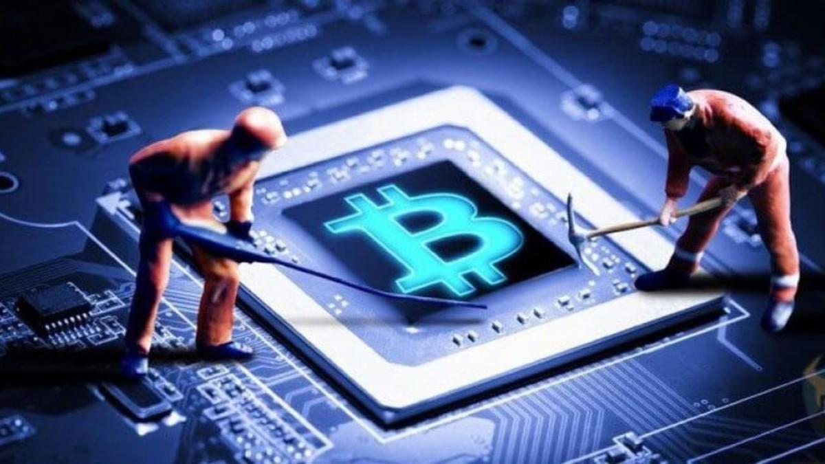 Madencilerin Bitcoin Biriktirmesi Ne Anlama Geliyor?