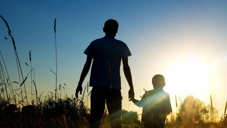 Baba BTC Düşmanı, Oğlu Bitcoin Destekçisi: Kim Kazanır?