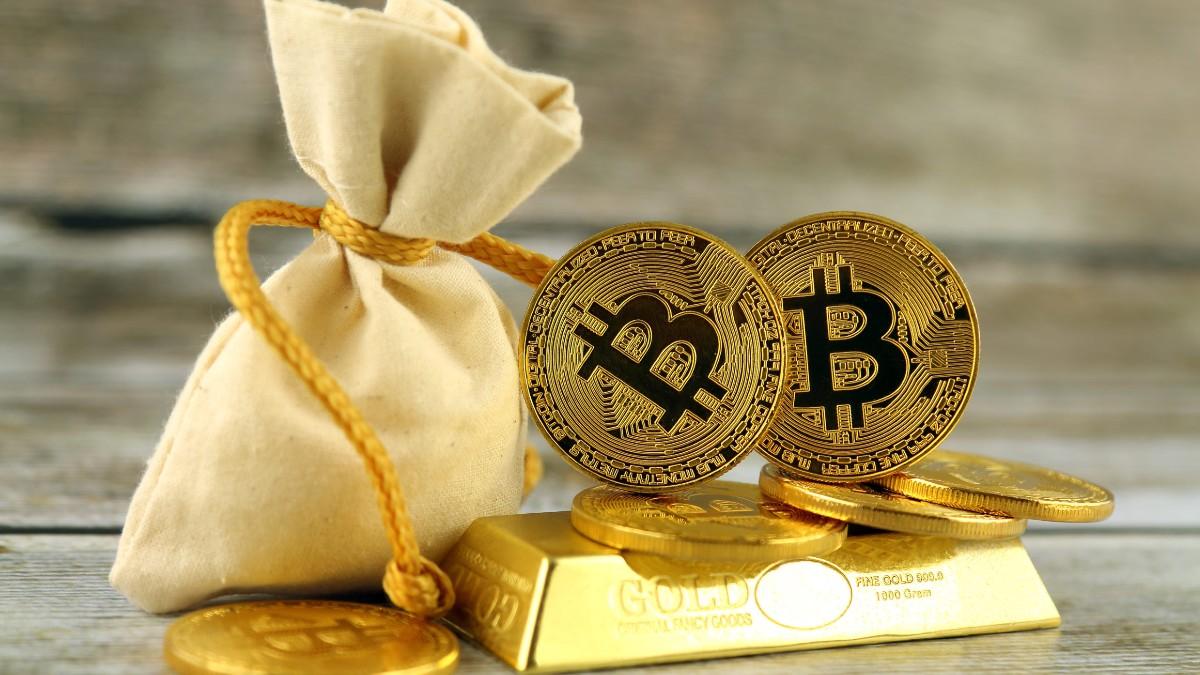 Altın Satışları Büyüyor: Sermaye Bitcoin'e (BTC) Mi Geliyor?