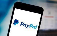 Bitcoin Eleştirmeni Bu Sefer de PayPal'a Kafayı Taktı!