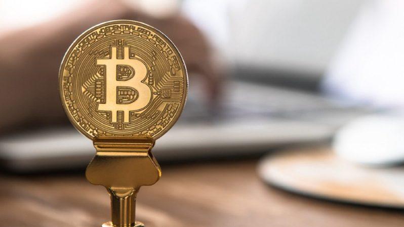 """Bitcoin Milyarderi: """"Akıllı İnsanlar BTC Satın Alıyor"""""""